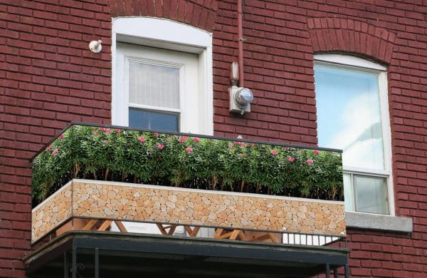 myfence Sichtschutz Rosaly Anwendung Balkon