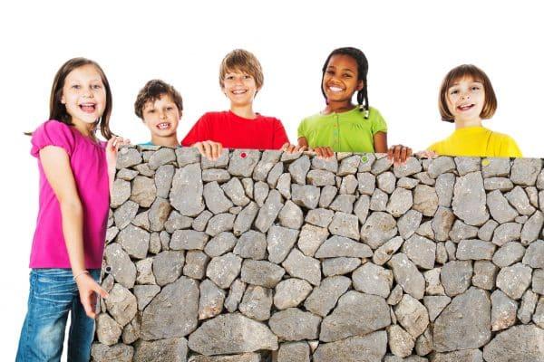 myfence Sichtschutz Gris mit Kindern