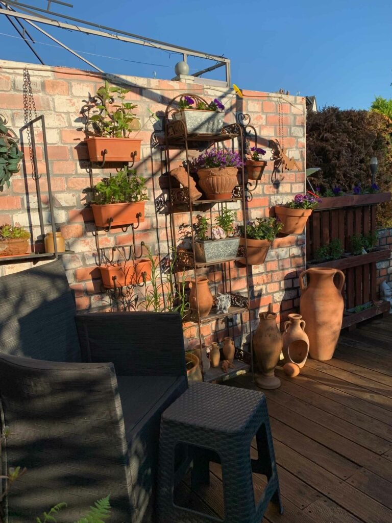 Kundenfoto Sichtschutz in Garten mit Motiv Ziegelwand